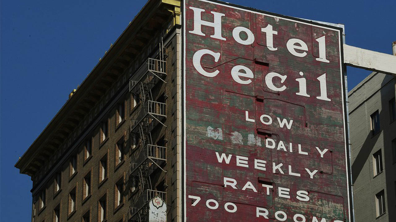 Header image for the article Mental illness at the Cecil Hotel: How Netflix unravels the mystery of Elisa Lam